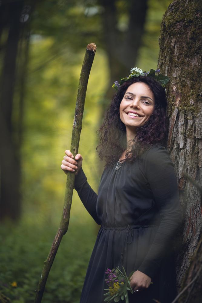 smějící se druidka